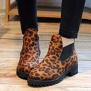 чудесные ботинки-челси с леопардовым принтом.