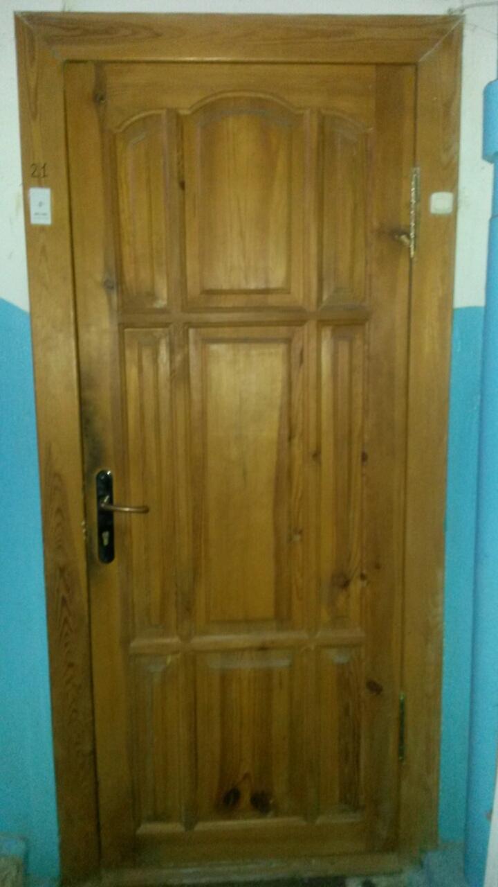 дешевые двери входные из массива сосны цены