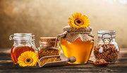 Пчел,  пчелосемьи, пчелопакеты, матки, маточники, мёд