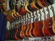 Требуется продавец-консультант в магазин музыкальных инструментов