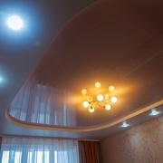 Предлагаем недорого натяжные потолки с установкой